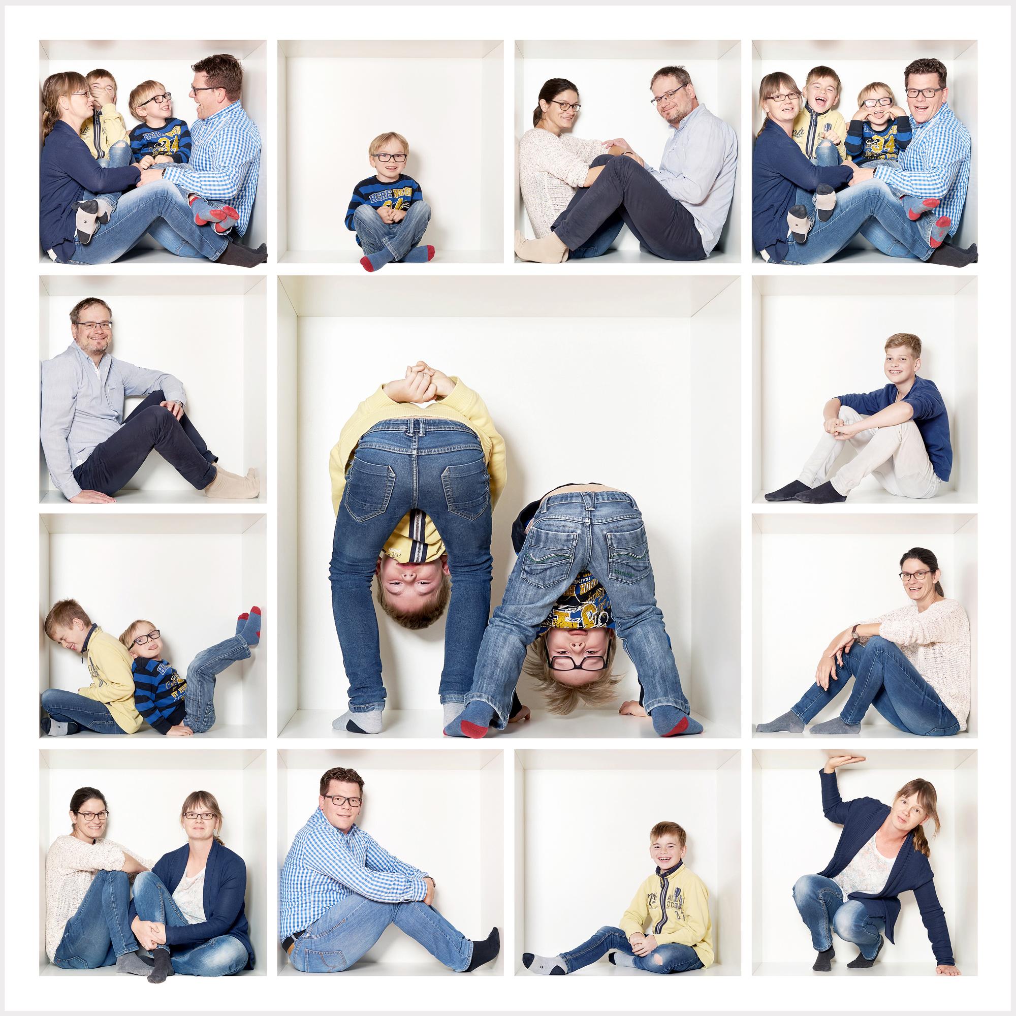 Familienfoto in der Box vier Erwachsene und zwei Kinder